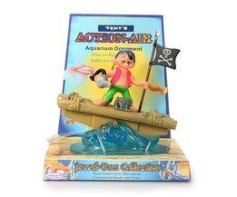 Aquarium Pirate
