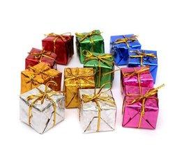 Arbre De Noël Avec Des Cadeaux 12 Pièces