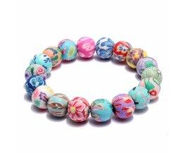 Bracelets De Perles Avec Des Fleurs