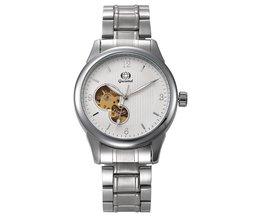 Perforierte Uhr