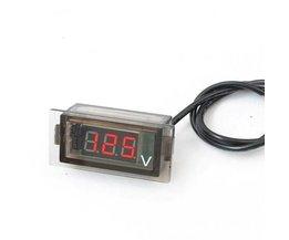 Digital Voltmeter Im Auto
