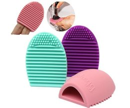 Brushegg Bilden Bürsten-Reinigungsmittel