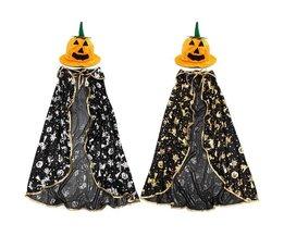 Halloween-Kostüm-Kind Mit Cape Und Kürbis-Hut