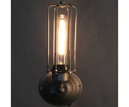 Retro Wall Light With Industrial Radiance