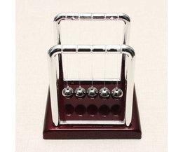 Small Newton Pendulum