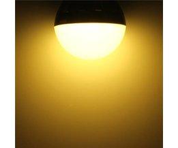 E27 6W LED Bulbs With Warm White Light