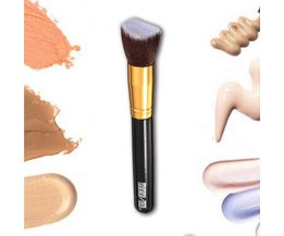 Foundation Brushes Flat Pitched