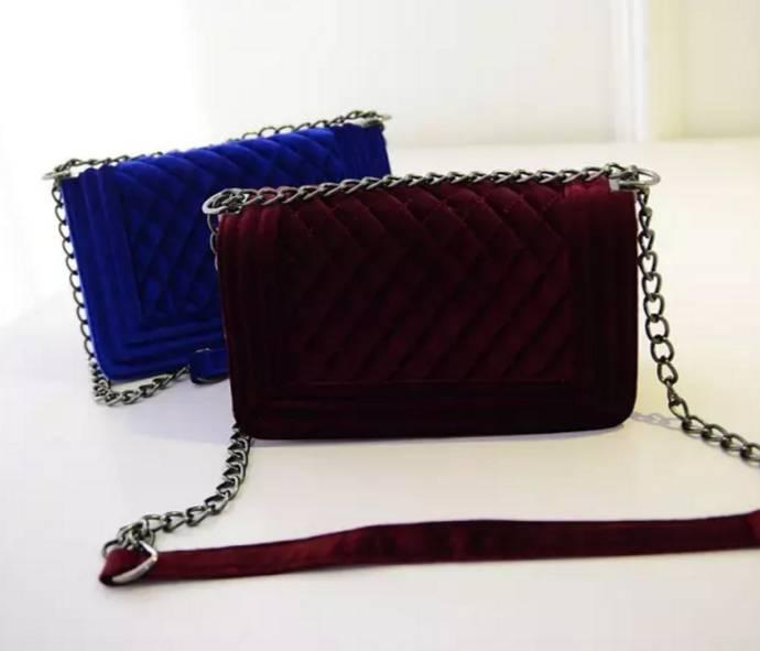 Boya Bag Velvet (M)