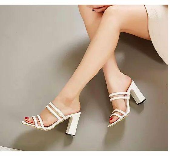 Sandals Reya