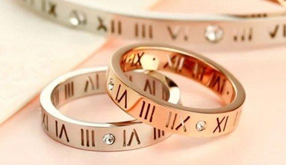 Roman Ring Crystal