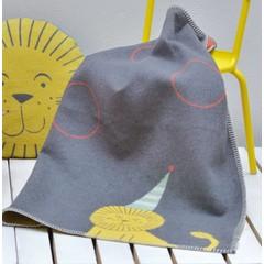 David Fussenegger David Fussenegger Lili plafond circus leeuw grijs met festonsteek