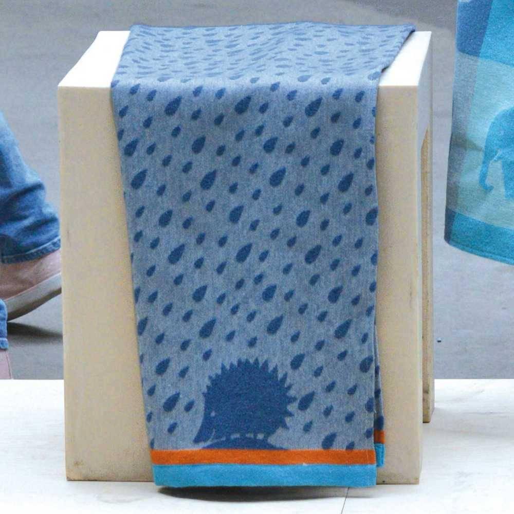 kuscheldecke david fussenegger kuscheldecke igel kaufen milchwiese gmbh. Black Bedroom Furniture Sets. Home Design Ideas