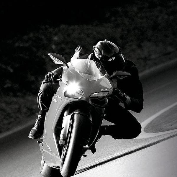 RACE / STREET