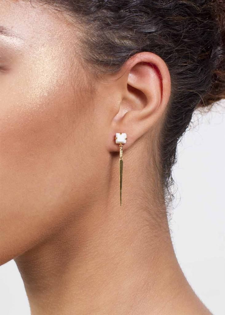 Dutch Basics White Porcelain Point Earrings
