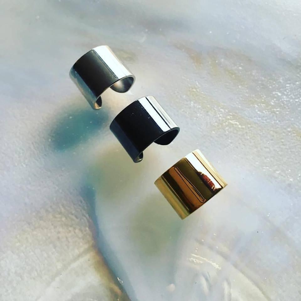 Dutch Basics Ear cuffs stacking