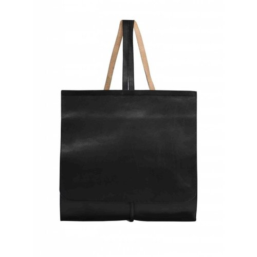 Dutch Basics Minimal Leather Backpack - Black