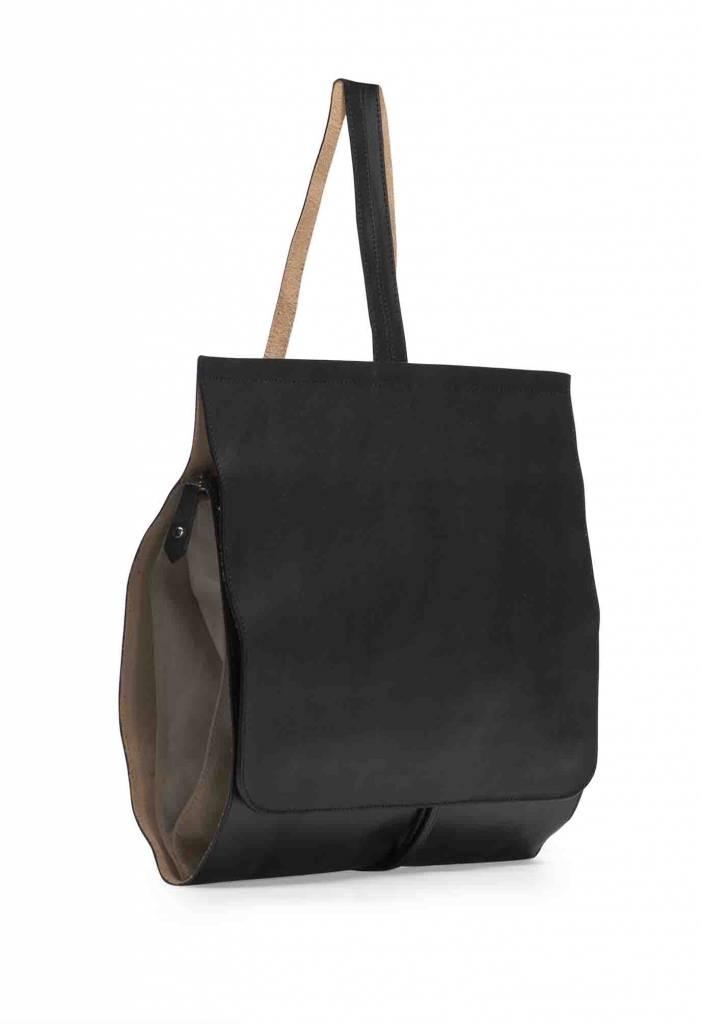 Dutch Basics Minimal Leather Backpack - Black
