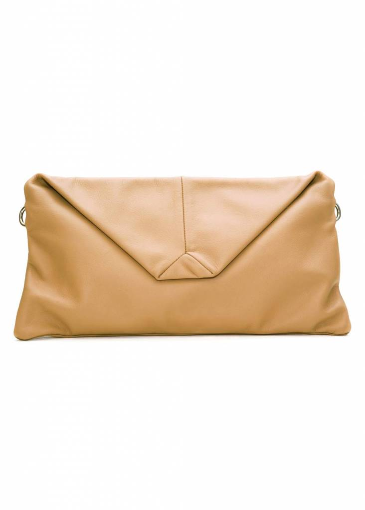 Dutch Basics Envelope Leather Clutch - Nude