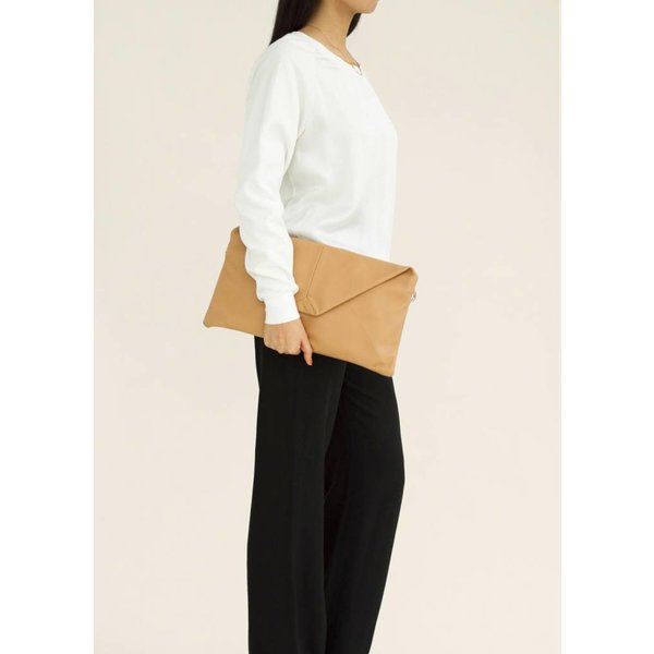 Envelope Leather Clutch - Nude
