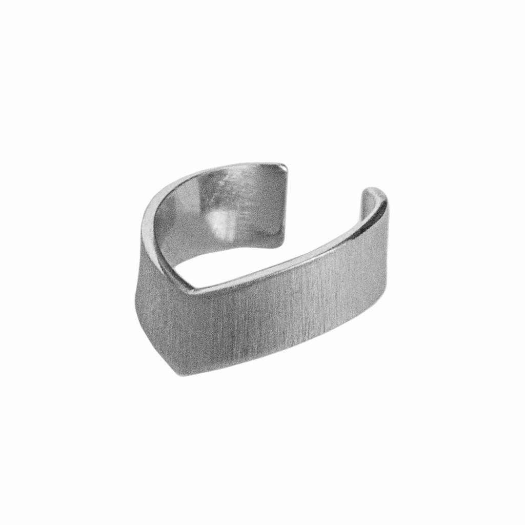 Dutch Basics The Knuckle Point Ring