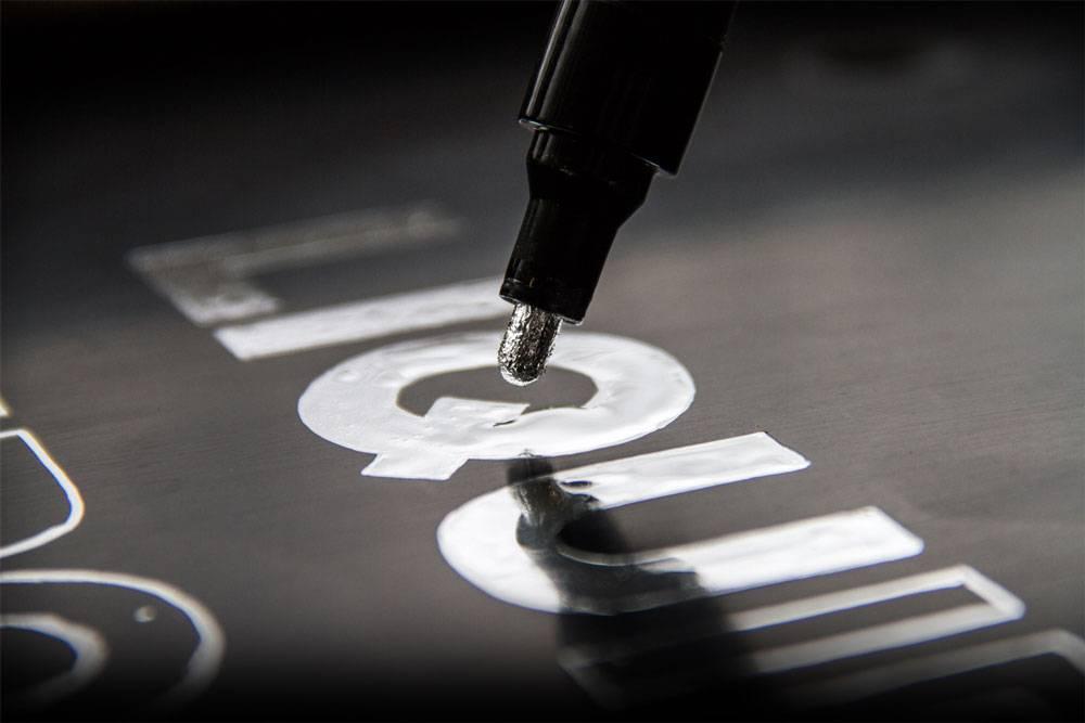 Molotow LIQUID CHROME 4mm Paint Marker