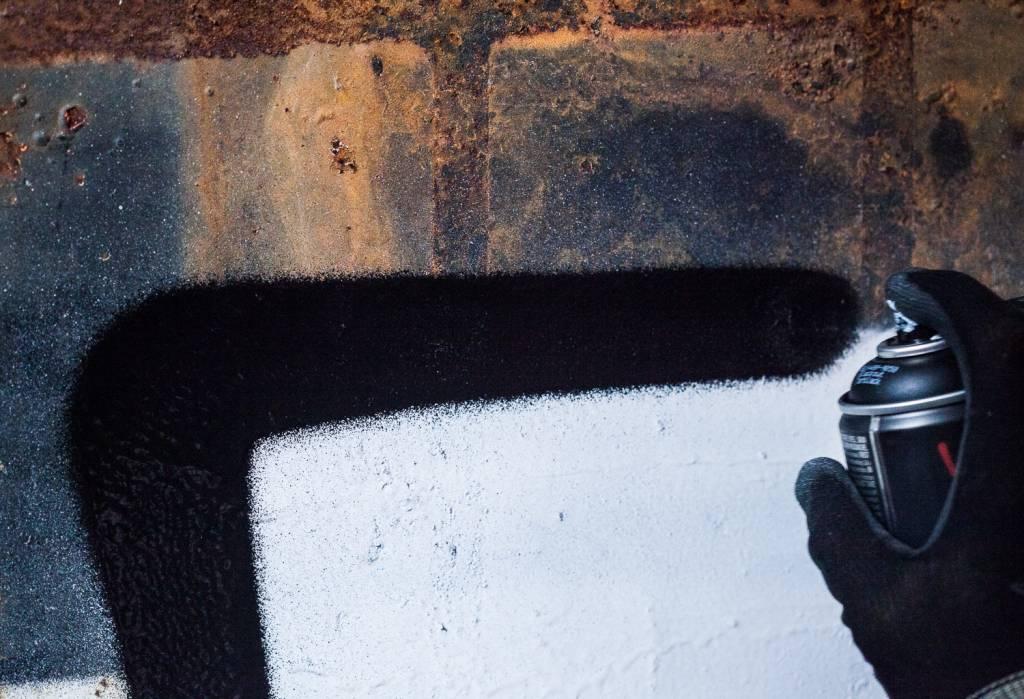 Montana BLACKOUT Tarblack 400ml Sprühdose