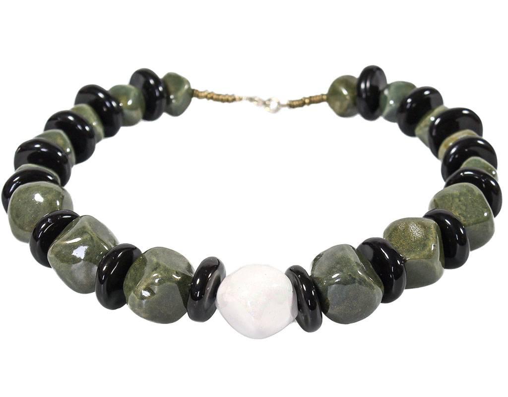 Kazuri Halsketten Opulenter Halsschmuck Grün