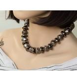 Kazuri Halsketten Kazuri Perlen Mix - Kubische und flache Keramikkugeln