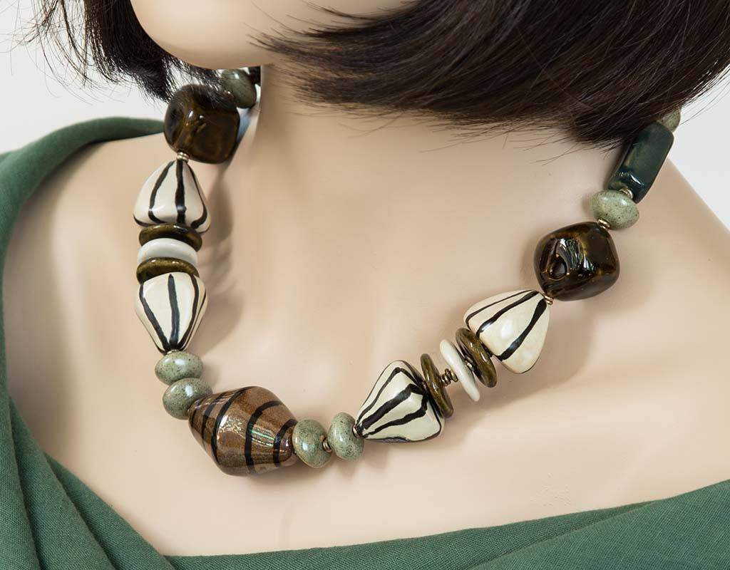 Kazuri Halsketten Opulente Grüne Halskette