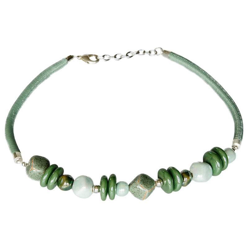 Kazuri Halsketten Band Halskette mit grünen Keramikperlen