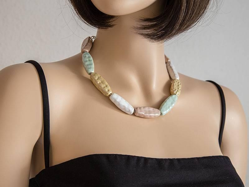Kazuri Halsketten Kazuri Halskette mit schlichtem Design