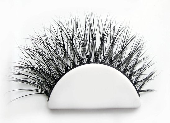 Flirty Lashes