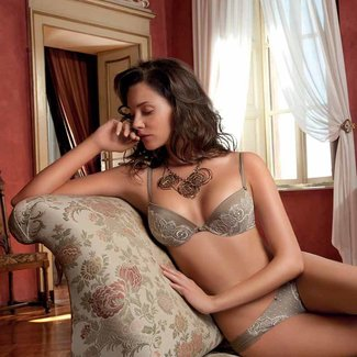 AMBRA SET- (oil push bra + Brasil) -0876 + 1879