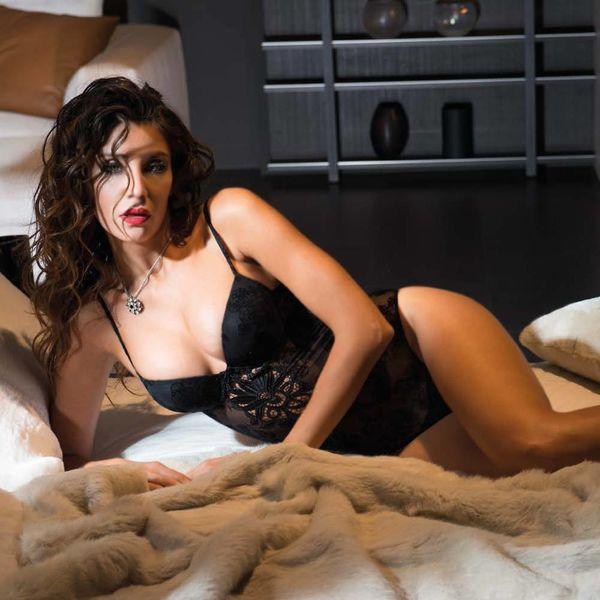 AMBRA Body · push-up bra · string-Black · Velvet