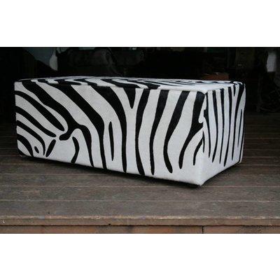 Zebra Hocker