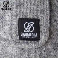 Shakaloha Cody Hellgrauer halblanger Demenstrickmantel mit Knebelverschluss