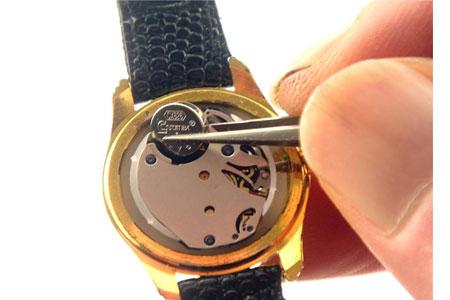 Zelf De Batterij Van Een Horloge Vervangen Lockpickstorenl
