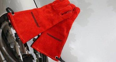 Nieuw en exclusief bij KLAUWE: Feuermeister BBQ Handschoenen