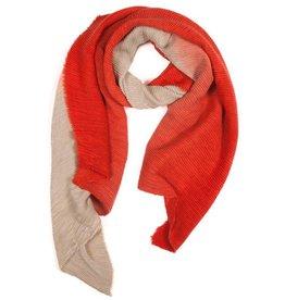 Gerimpelde sjaal in dégradé kleuren