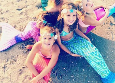 Mermaid lessons and parties