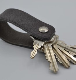 Arrigo gray real leather keychain