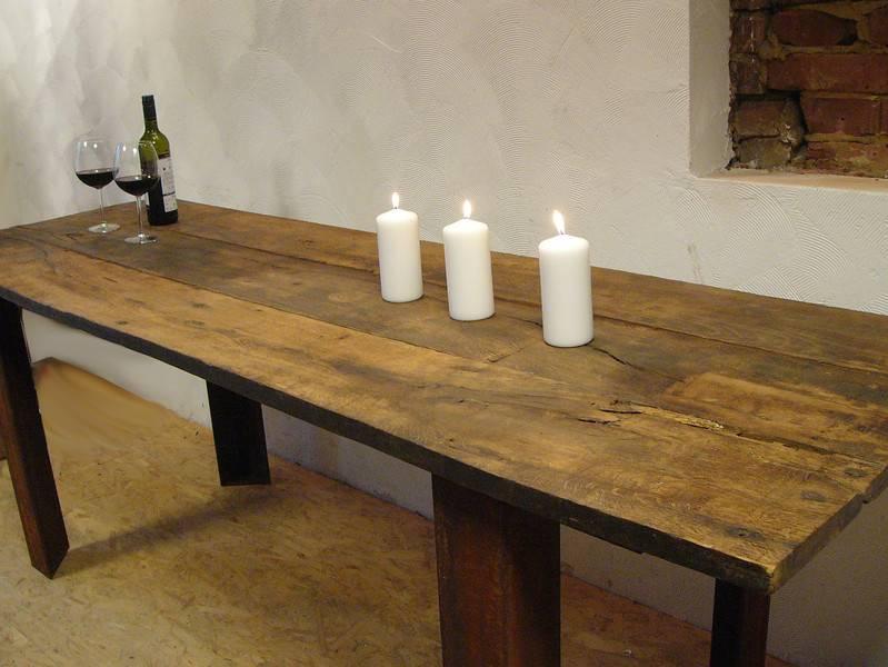xxl e tisch aus antiken eichenholzbohlen luxina licht. Black Bedroom Furniture Sets. Home Design Ideas