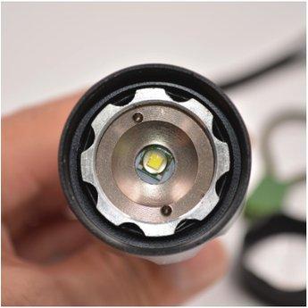 Ultrafire Militär Taschenlampe G700 XML-T6