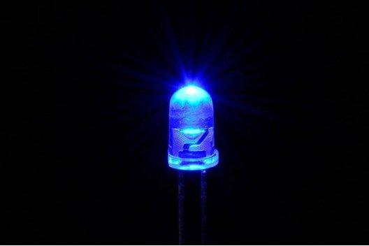 5mm Ronde Led Blauw Knipper (Flash) Helder