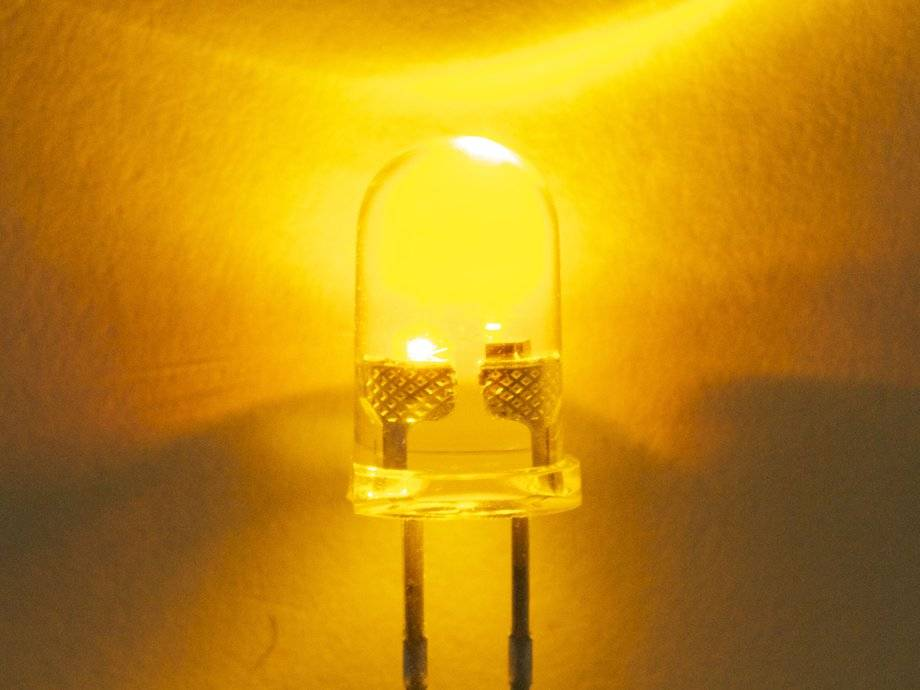 5mm Round Led Yellow Clear