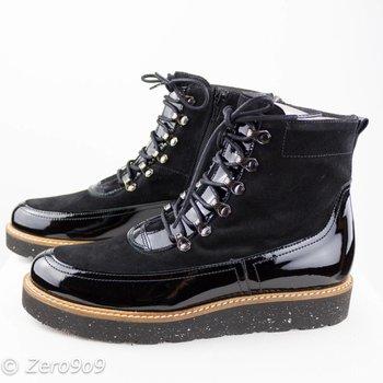 Gadea Black sturdy boots