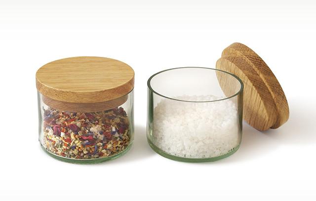 Salz- und Kräuterdosen