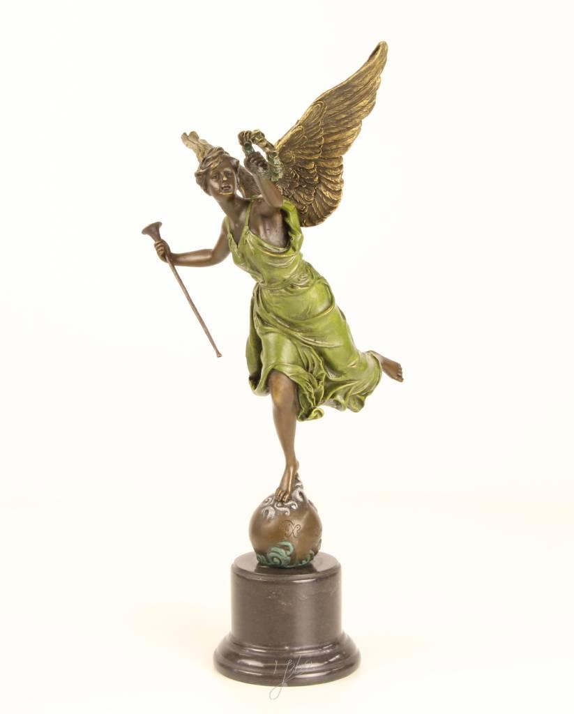 Bronzen beeld van de gevleugelde overwinning - Moderne overwinning ...