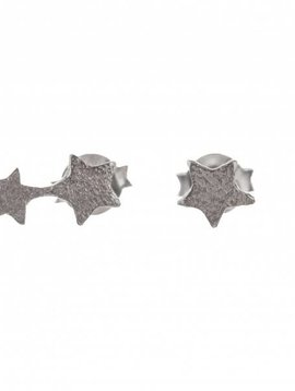 Betty Bogaers earring 2 connected rigidly silver