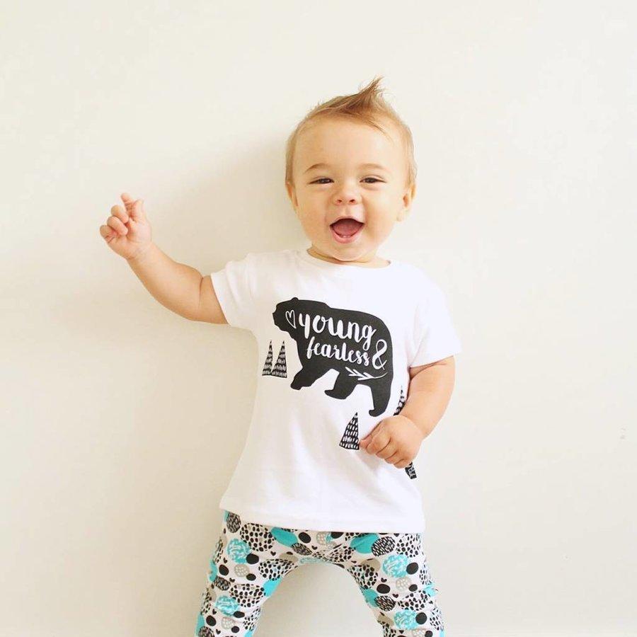 Aster & Oak T-shirt Young & Fearless